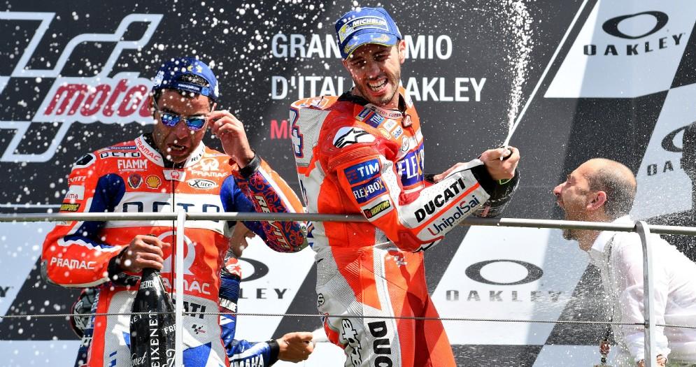 Andrea Dovizioso e Danilo Petrucci sul podio del Mugello