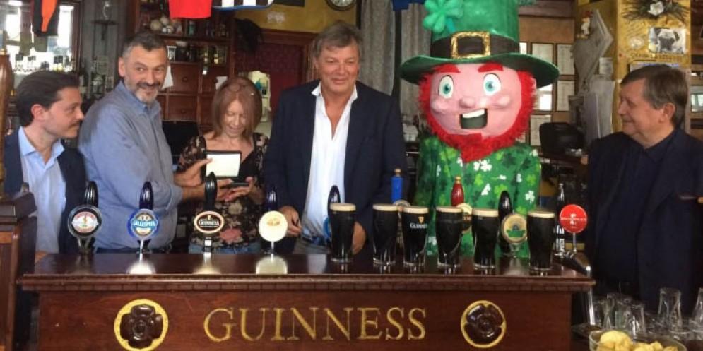 La Guinness premia il locale The Black Stuff di Udine