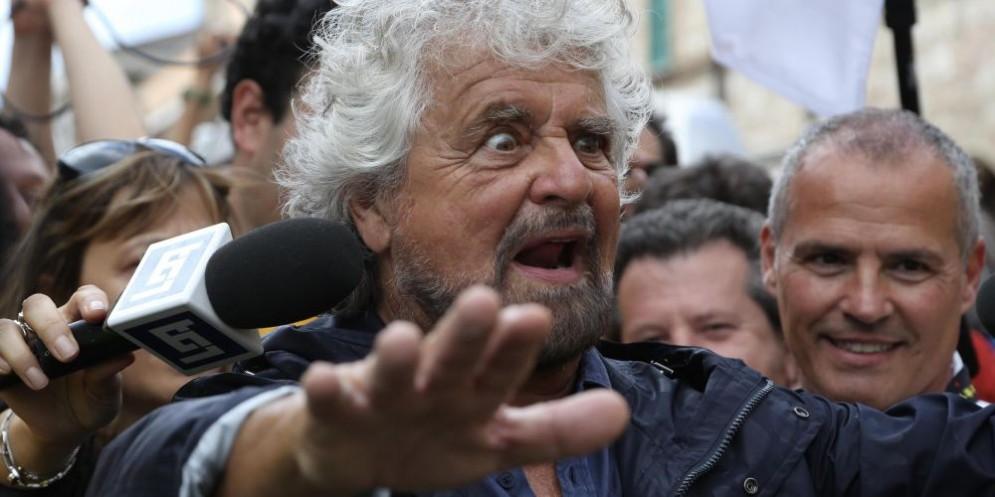 Il leader del M5S, Beppe Grillo, ha votato al seggio di Sant'Ilario.