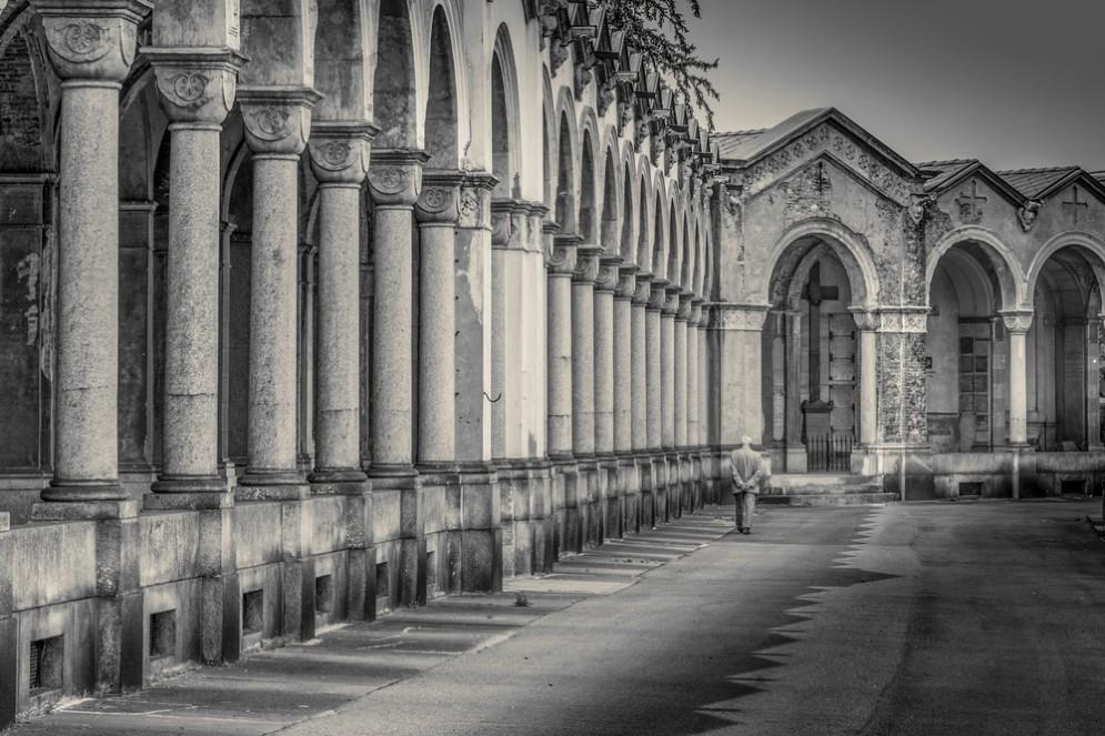 Torino, tour al cimitero monumentale