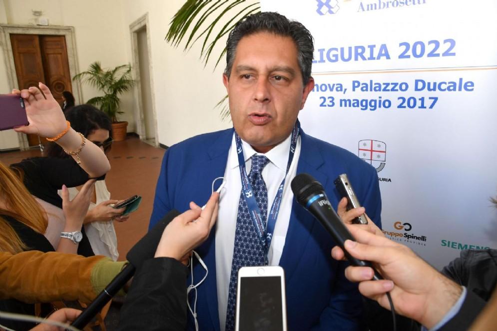 Giovanni Toti: «Il centrodestra non può governare con il Pd»