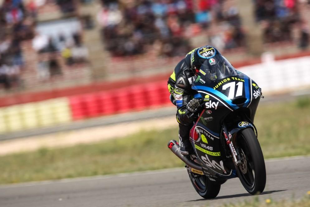 Il giovane allievo di Valentino Rossi in azione sulla sua moto