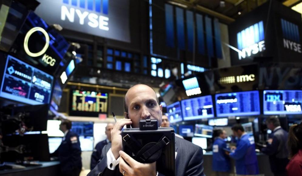 Il premio Nobel per l'economia Robert Shiller ha lanciato l'allarme per una bolla speculativa prossima all'esplosione a Wall Street.
