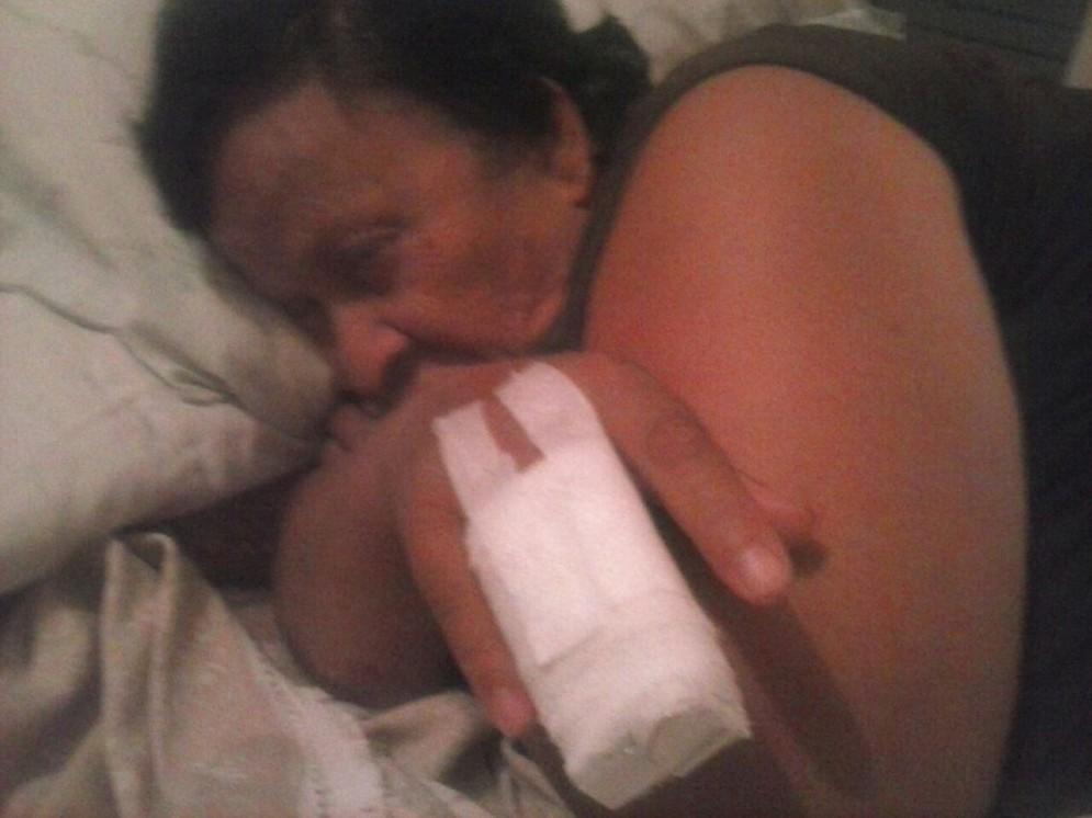 Maria, la mamma di Michela, è invalida e ha bisogno di cure e assistenza