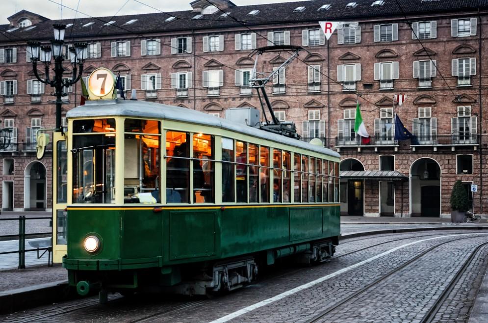 Il tram della storica linea 7 di Torino