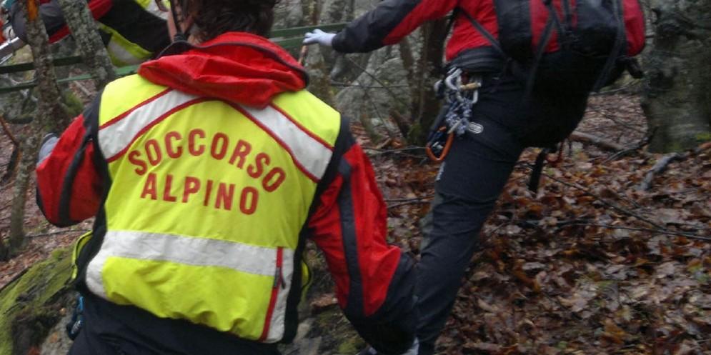 Il Soccorso Alpino interviene per recuperare un giovane ciclista di Budoia