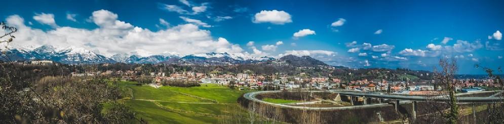 Biella, sullo sfondo le nostre montagne innevate