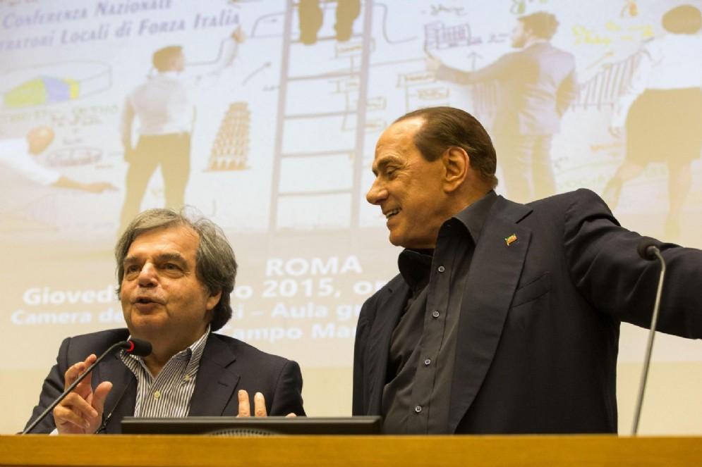 Il capogruppo di Forza Italia alla Camera Renato Brunetta con il leader di FI Silvio Berlusconi