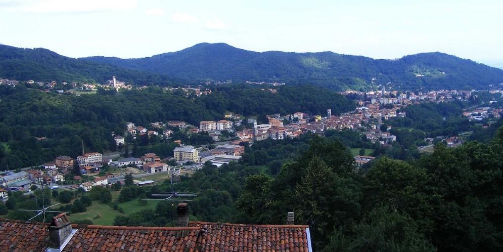 Il paese di Sagliano visto dalla frazione Oneglie