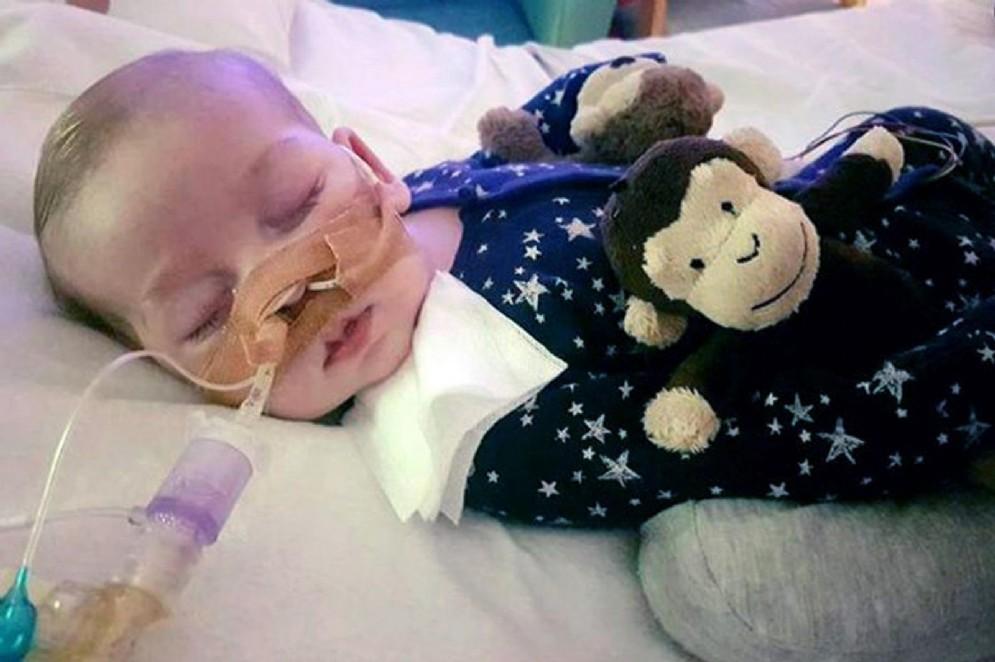 Charlie Gard nell'ospedale londinese
