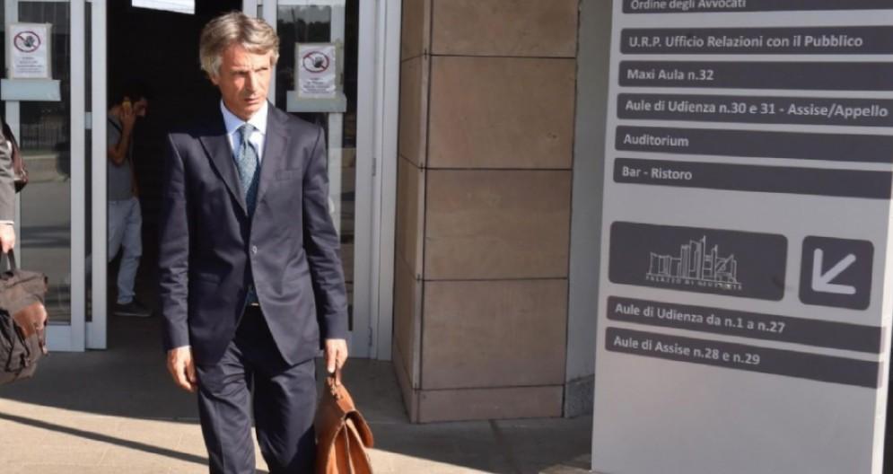 L'ex presidente di Banca Mps, Giuseppe Mussari, al termine dell'udienza del processo d'appello per la vicenda legata al derivato Alexandria di Banca Mps