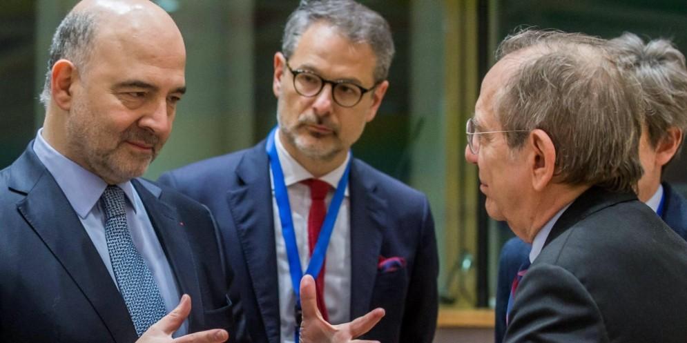 Il ministro dell'Economia, Pier Carlo Padoan, all'Eurogruppo di Bruxelles.