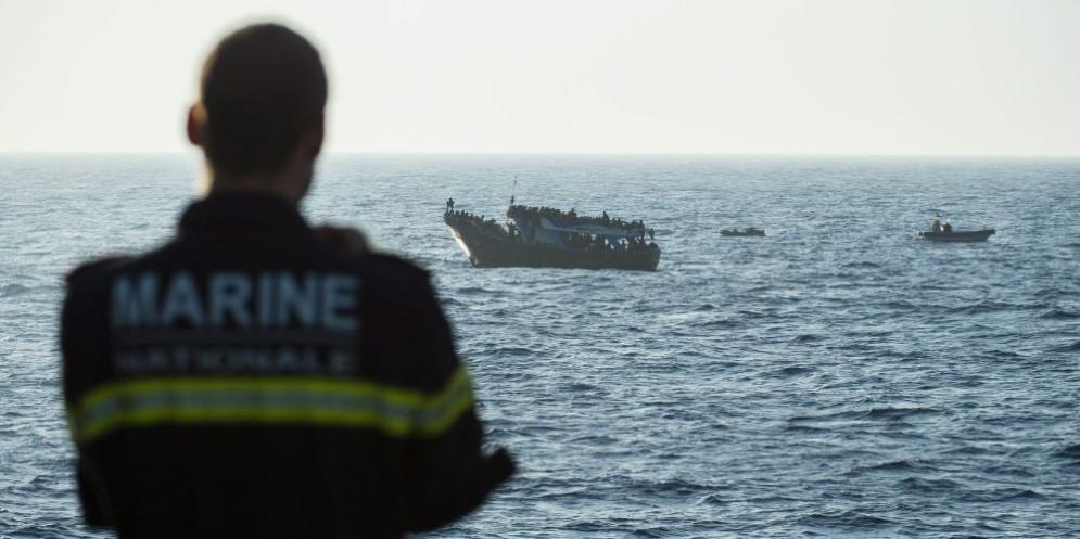 Navi cariche di migranti