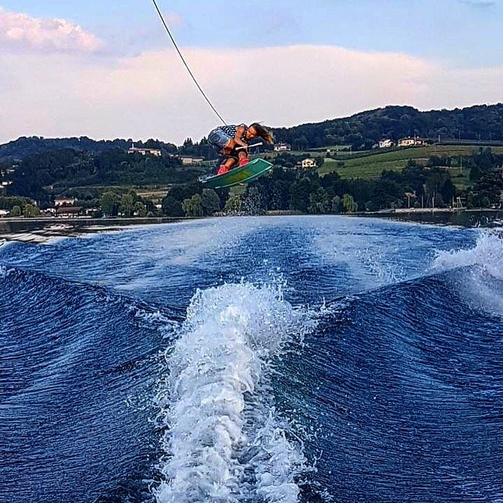 Lsn School Of Wakeboard - Viverone.