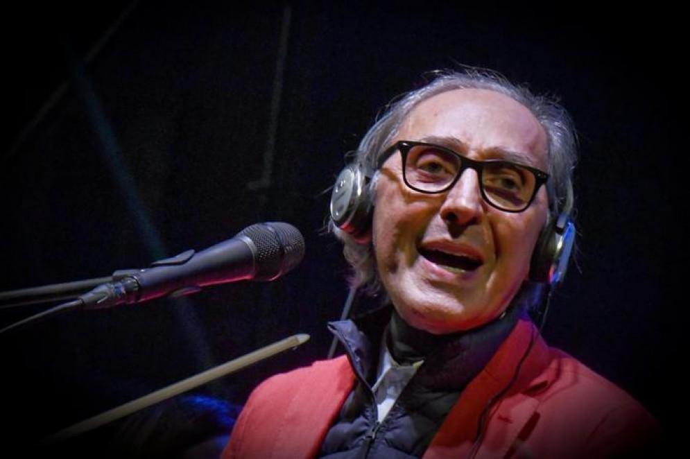 Il cantautore italiano Franco Battiato