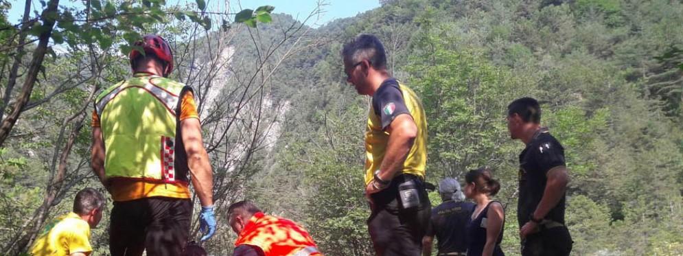 Cade in una scarpata con la sua jeep: muore 80enne di Prato Carnico