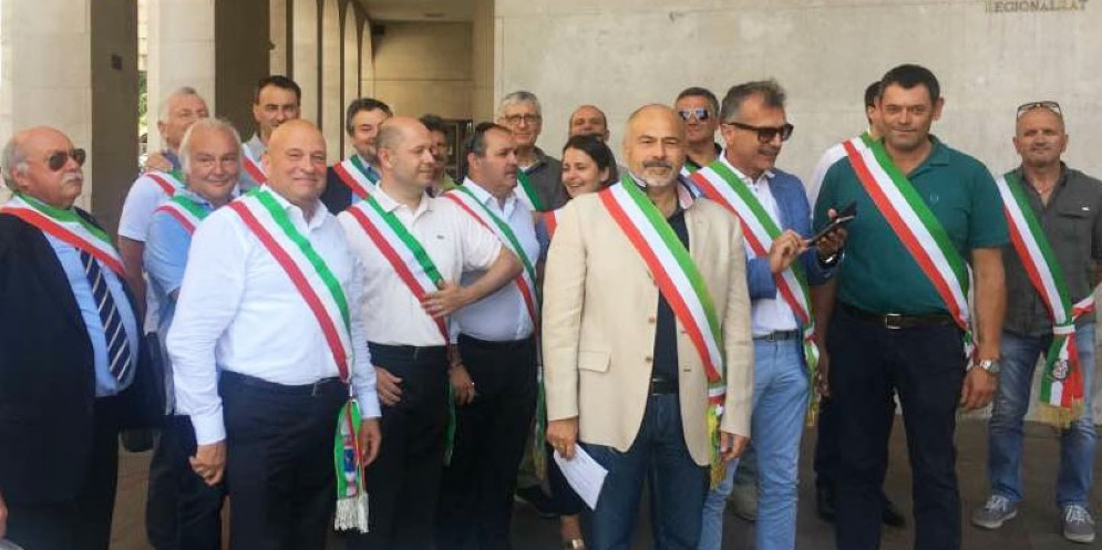 I sindaci anti-Uti battono cassa in Regione