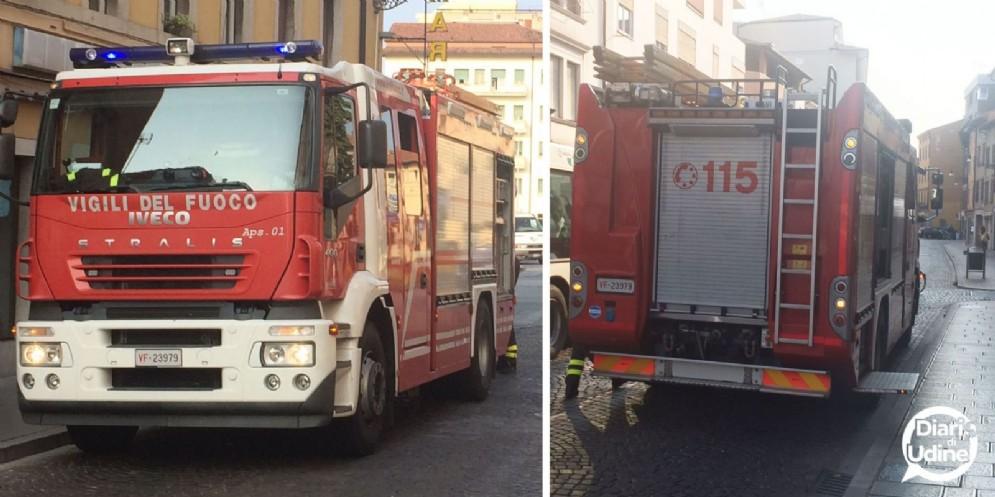 Principio di incendio in un negozio di via Poscolle: intervengono i Vigili del Fuoco (© Diario di Udine)