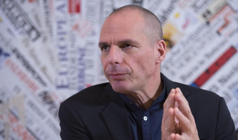 Il nuovo libro di Yanis Varoufakis spaventa l'UE.