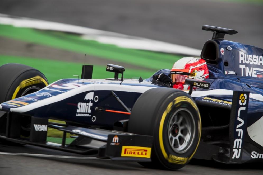 Ghiotto al volante della monoposto di F2 del team Russian Time