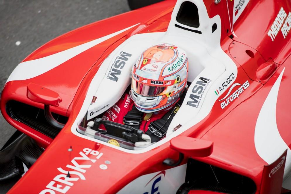 Antonio Fuoco sulla sua monoposto del team Prema