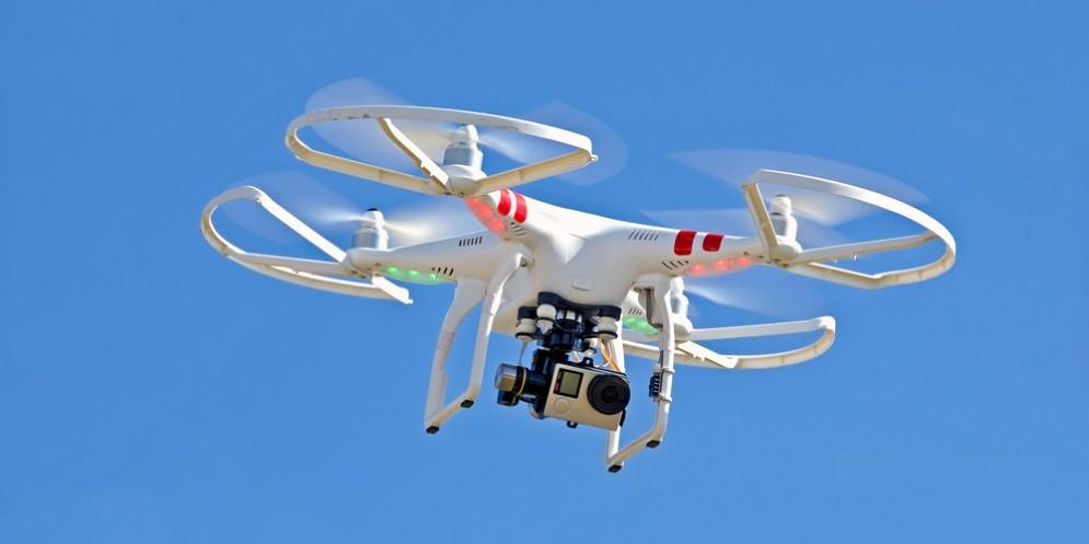 Un drone in cielo