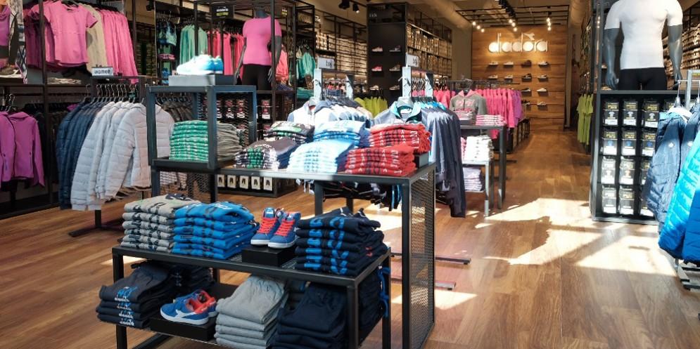 Diadora apre un nuovo store in provincia di Udine 3c004162fb3