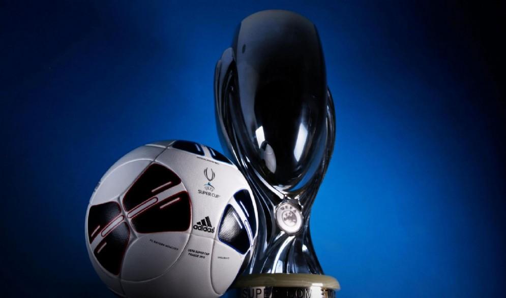 La Supercoppa Europea, il trofeo che si contenderanno Real Madrid e Manchester United a Skopje
