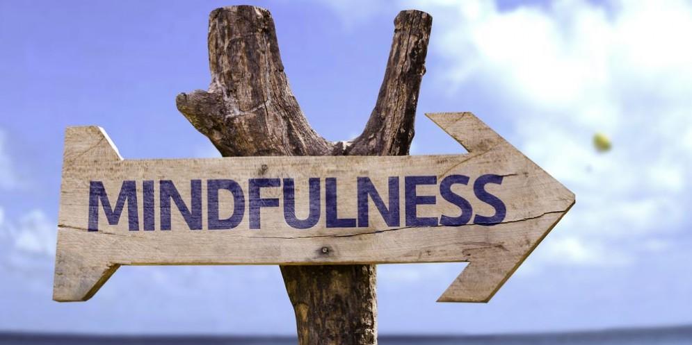 Dolore cronico, per farlo ridurre serve anche l'ipnosi e la meditazione