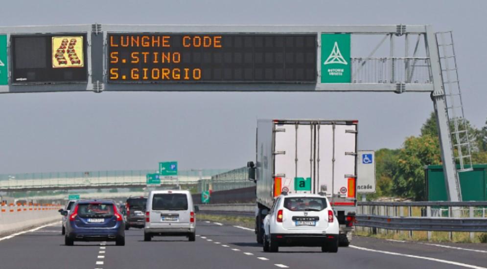 Traffico molto intenso in A4