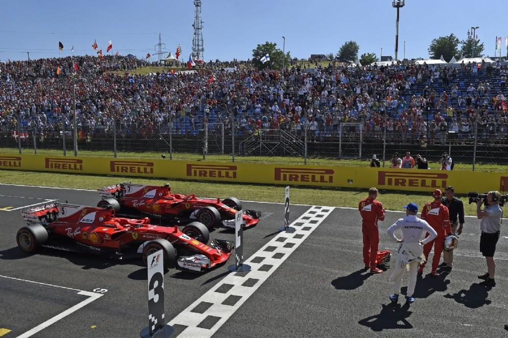 Le due Ferrari di Sebastian Vettel e Kimi Raikkonen
