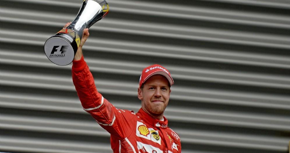 Sebastian Vettel sul secondo gradino del podio in Belgio