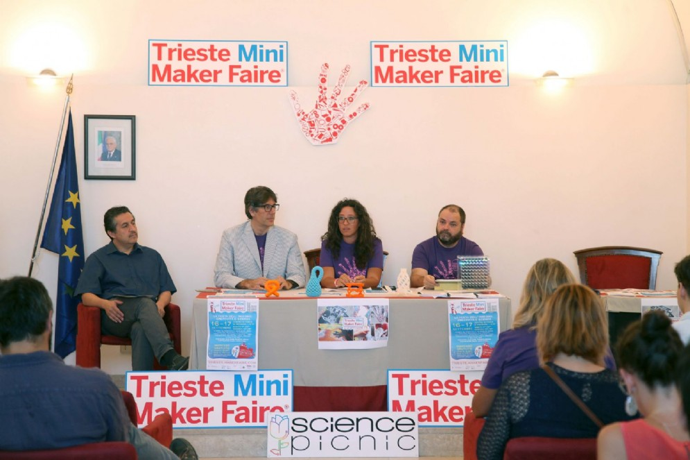 Un momento della presentazione di Trieste Mini Maker Faire 2017
