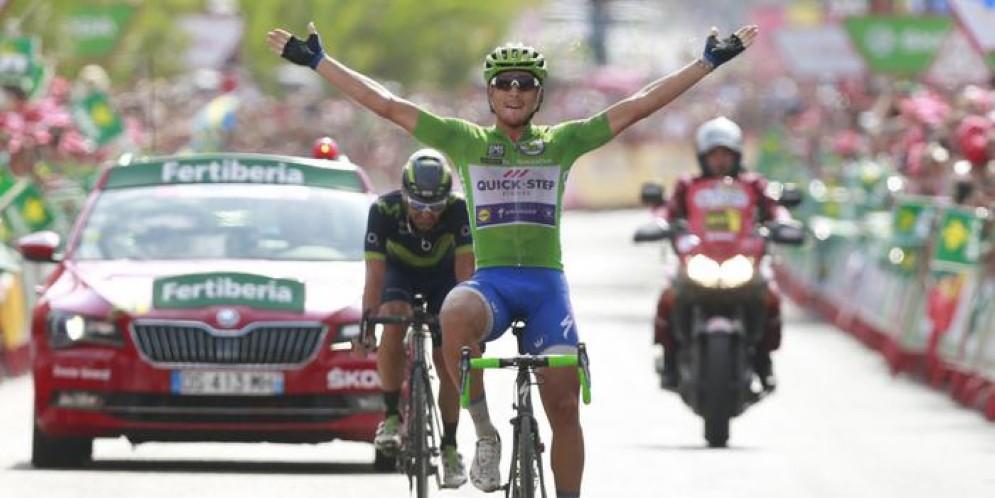 Vuelta: Trentin fa il bis, volata vincente 10/a tappa
