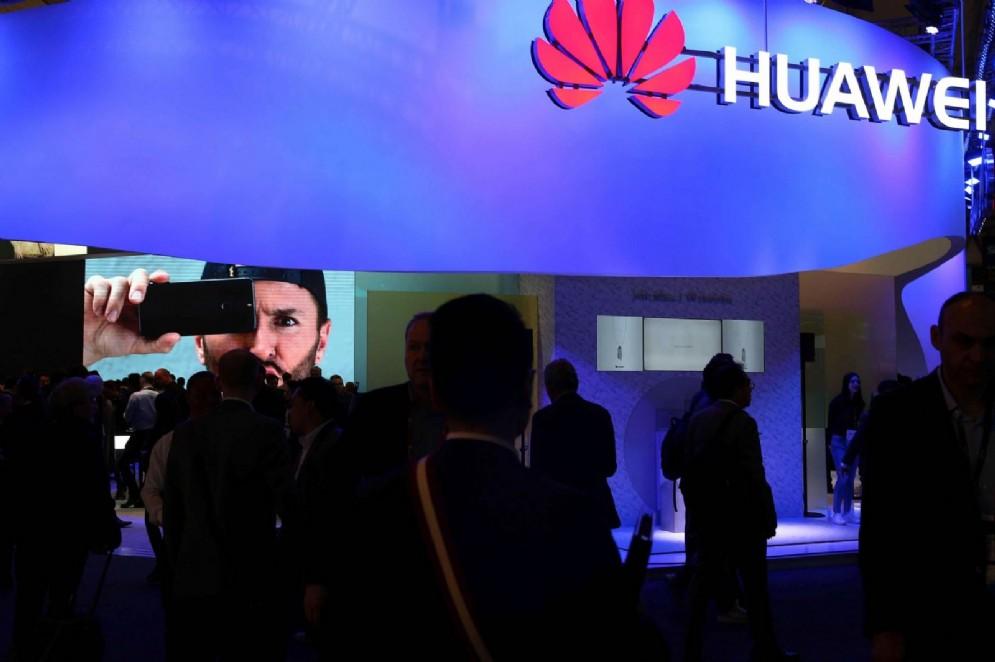 Smartphone in Italia, Huawei cresce a tripla cifra