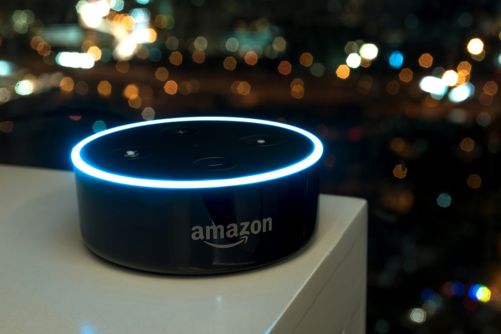 Da Alexa agli speakers intelligenti: ecco il mercato miliardario che l'Italia sta perdendo