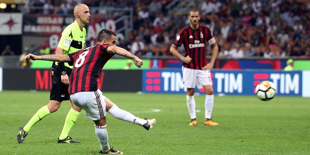 Il gol vittoria di Suso contro il Cagliari