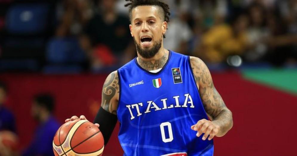 L'Italia del basket non sbaglia, batte la Finlandia e vola ai quarti