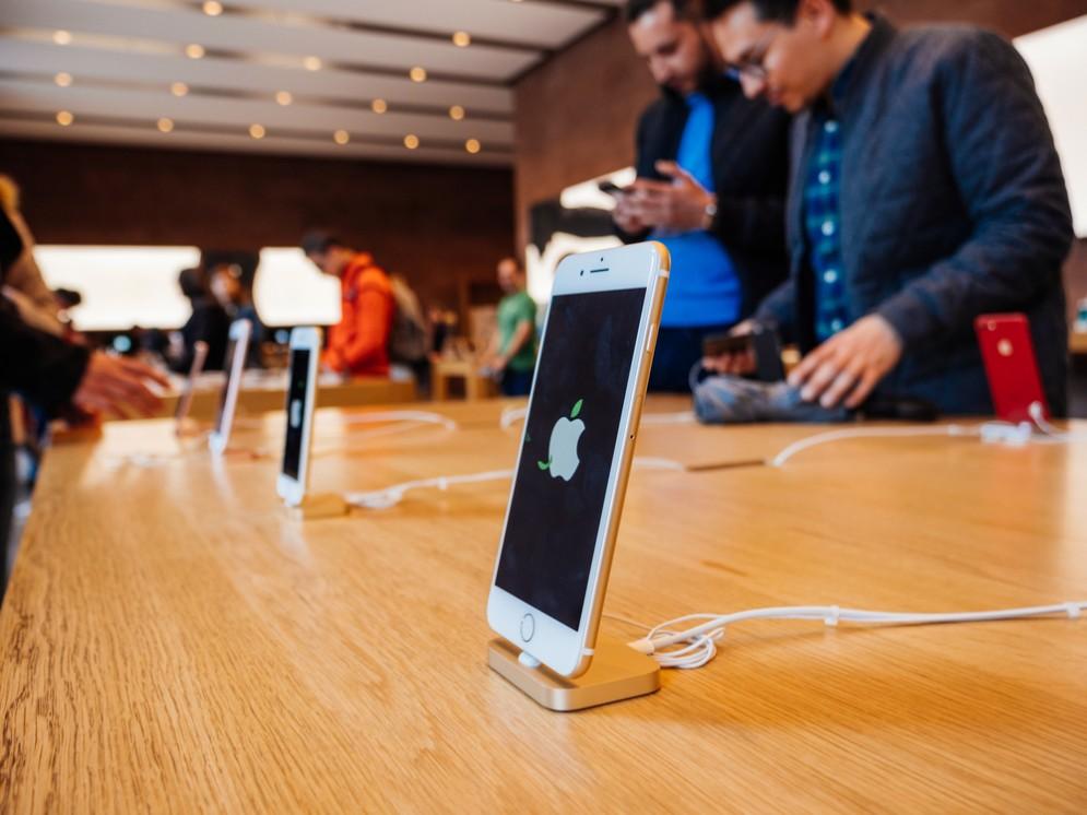 Con un iPhone da 1000 dollari Apple sta passando a una nuova 'era'