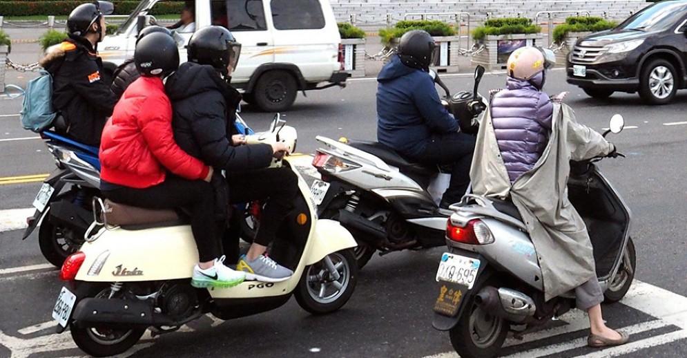 In arrivo più parcheggi per le moto in centro città