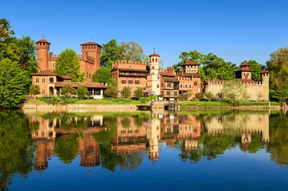 «Aperingiardino» al Borgo Medievale