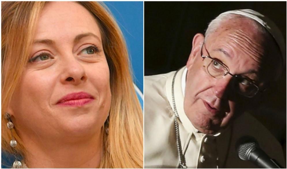 Giorgia Meloni ha commentato su Facebook la parziale svolta di Papa Francesco sui migranti.