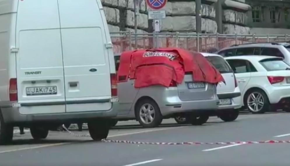 Il furgone sospetto