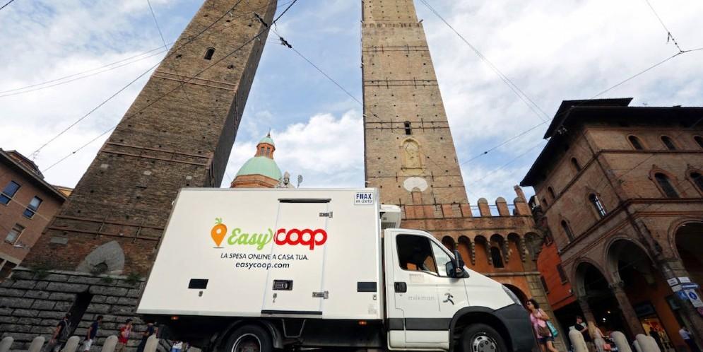 EasyCoop sfida Amazon e apre a Bologna: «E' l'e-commerce più innovativo d'Italia»