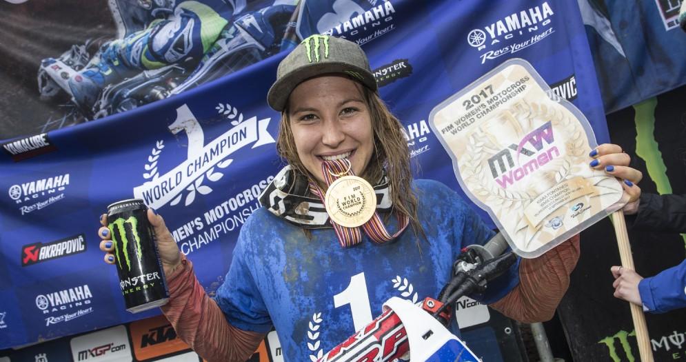 Kiara Fontanesi festeggia il suo quinto Mondiale motocross femminile
