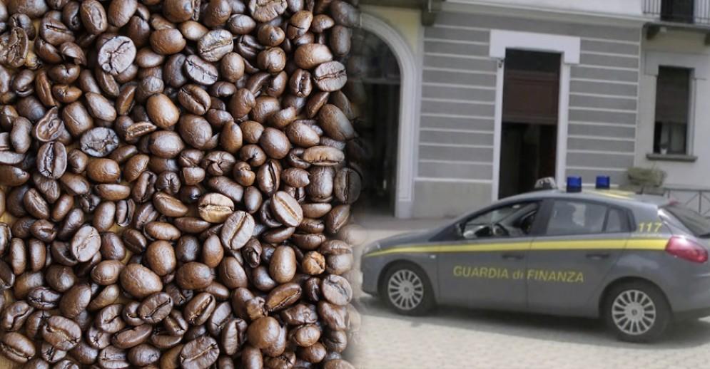 Operazione della Guardia di Finanza in un'azienda produttrice di caffè