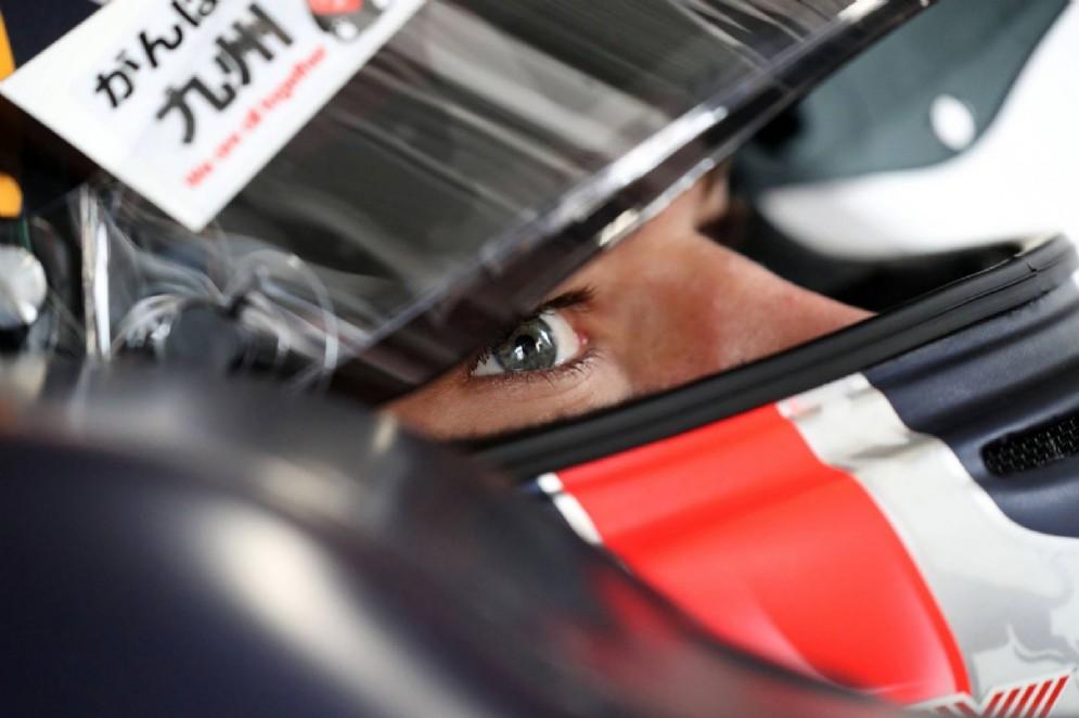 Lo sguardo di Pierre Gasly nel casco che ha usato quest'anno in Super Formula
