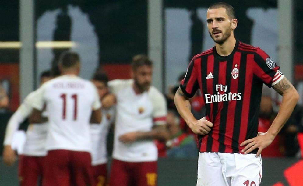 Leonardo Bonucci sconsolato dopo Milan-Roma 0-2