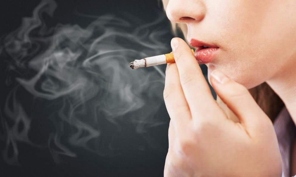 Fumo, sì alla tassa sulle sigarette