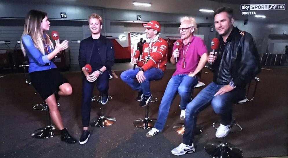 Rosberg con Federica Masolin, Jacques Villeneuve, Marc Gené e Carlo Vanzini